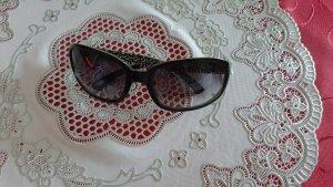 Guess Oval Sunglasses black