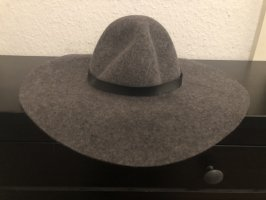 H&M Divided Woolen Hat grey-black