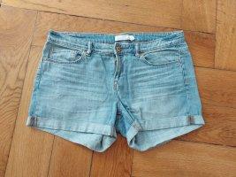 H&M Short en jean bleu azur-blanc coton
