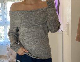H&M Off-Shoulder Pullover