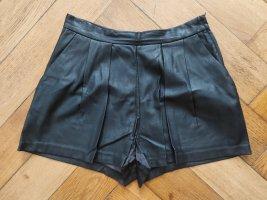 H&M Pantalón corto de talle alto negro Poliuretano