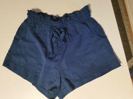 h u m shorts