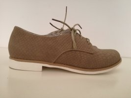 Wingtip Shoes light brown
