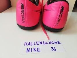 Hallenschuhe Nike 36 pink