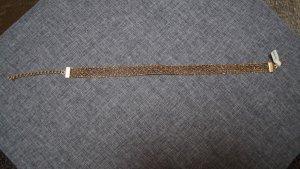 Collar estilo collier color oro fibra textil