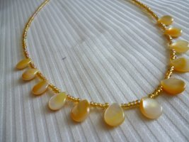 Halskette 925er mit gelben Perlmutt-Tropfen Länge45 cm und 7 cm Verlängerung