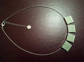 Bonita Collar color plata-blanco puro metal