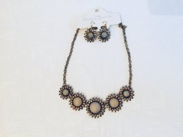 Necklace gold-colored-camel