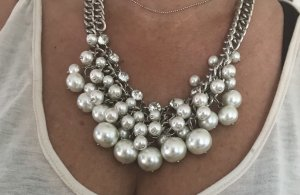 Collier bianco-argento