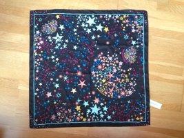 Halstuch mit Sternenmuster