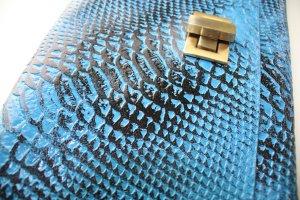 Handgefertigte Lederclutch von der Marke HOB