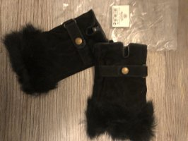 Fur Gloves black
