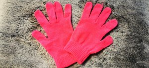 Knitted Gloves pink-magenta