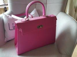 Handtasche im Kelly - Bag Stil