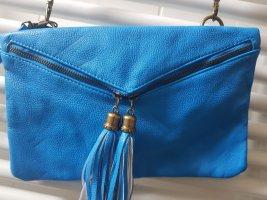 Handtasche in knalligem blau