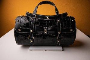 Handtasche mit süßer Schleife