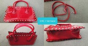 Handtasche rot mit Nieten
