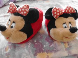 Disney Slipper Socks black-red