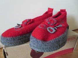 Giesswein Pantoufles-chaussette rouge-gris foncé laine