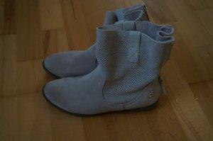Hellbeige boots