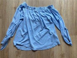 Hellblaue Bluse