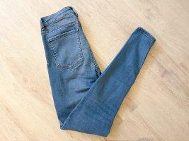 Bershka Jeansy z wysokim stanem szary niebieski-błękitny