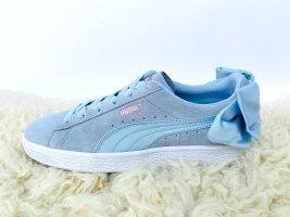 Hellblaue Sneaker Leder Seide mit Schleife Puma Gr. 38 Frühling