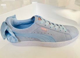 Hellblaue Sneaker Puma Suede Bow WN's Sneaker