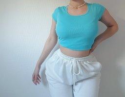 Hellblaues T-Shirt Größe S