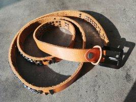 Cintura borchiata nero-cognac