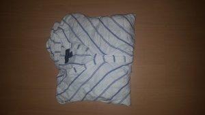 Hemd im Wickelstil