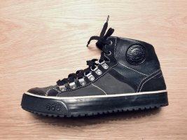 Leder Sneaker von Esprit schwarz