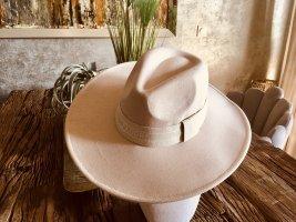 Panama hoed wolwit