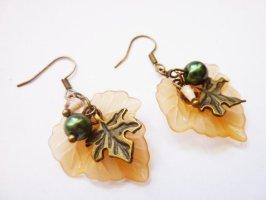Herbstblätter - nostalgische Ohrringe mit Perlen vintage Stil Boho Schmuck
