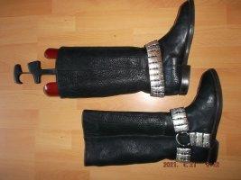 Heron Desert Boots black leather