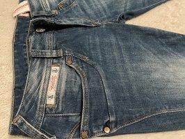 Herrlicher Dopasowane jeansy niebieski