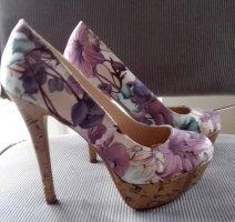 High Heel Pumps von New Look