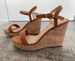 High-Heel Sandalen mit Kork-Keilabsatz (ungetragen)