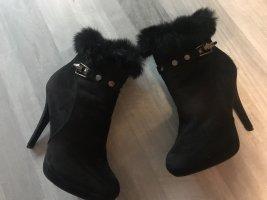 High Heel Stiefelette mit Fellrand - Gr 40