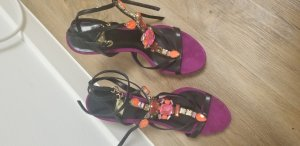 high heels Guess pumps