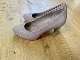 High Heels / Pumps
