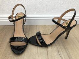 High Heels von Buffalo Lack schwarz Gr. 39
