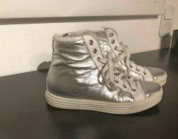 High Top /Blogger/Sneaker