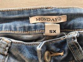 Monday Jeans taille haute bleu clair