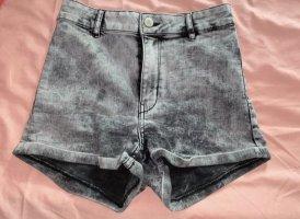 H&M High-Waist-Shorts grey