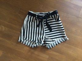 High Waist Shorts schwarz-weiß gestreift