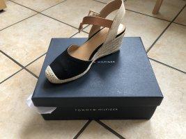 Hilfiger Schuhe 5.5