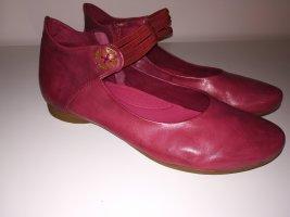 Regarde le Ciel Ballerines à lacets rouge framboise-magenta cuir