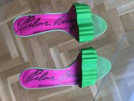 Sandalias cómodas verde neón Cuero