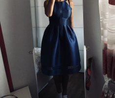 Chi Chi London Sukienka koktajlowa niebieski-ciemnoniebieski